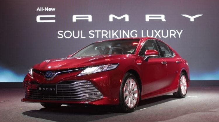 Toyota Camry 2020 โตโยต้า 4 ประตู 2020
