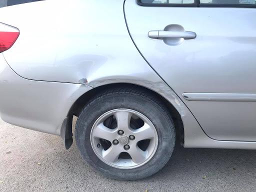 ลบรอยขีดข่วนรถยนต์