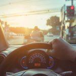 ขับรถตากแดดแรงๆ
